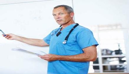 הנגשת מקום עבודה לרופא עם לקות שמיעה