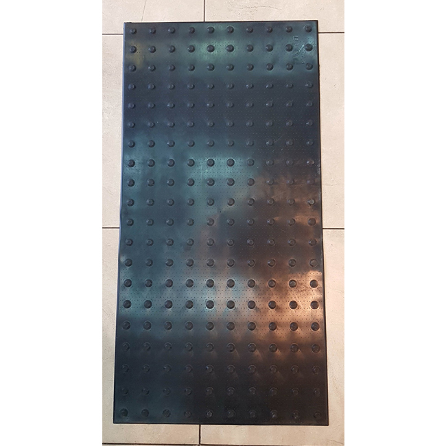 """משטח אזהרה PVC שחור 120X60 ס""""מ"""