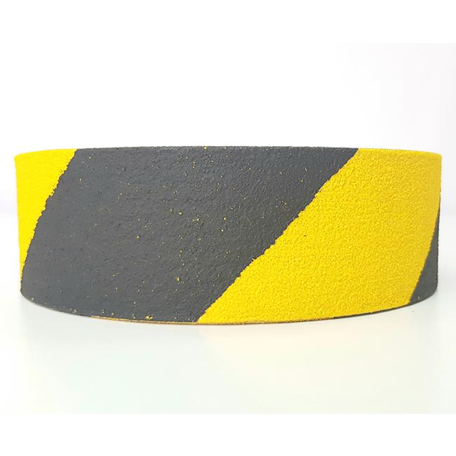 פס נגד החלקה צהוב ושחור