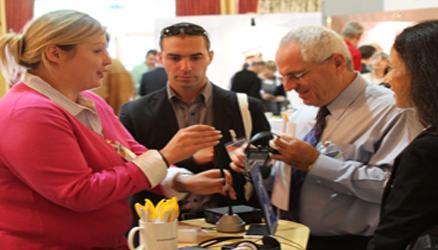 הכנס הבינלאומי ה- 3 ללולאות השראה איסטבורון, אנגליה